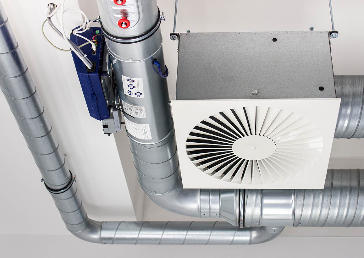 fastnet-service-facility-management-IULM-air-cooled chillers and piping system in new building factory rooftop