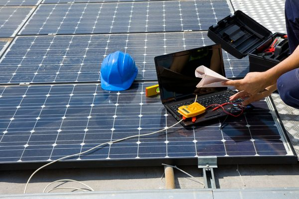 fastnet-service-facility-management-incendi-fotovoltaico